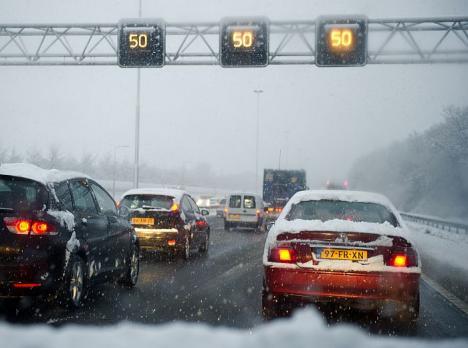 50KM per uur op A12 door stuifsneeuw