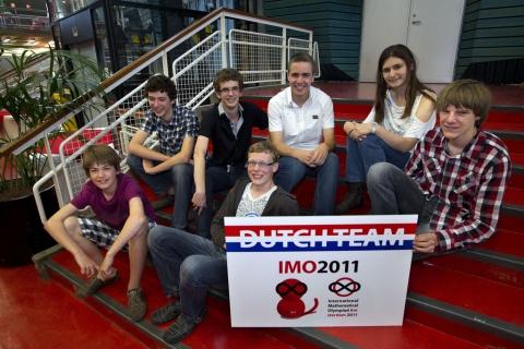 Woerdenaar naar Wiskunde Olympiade 2011
