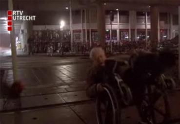 Aad vliegt uit de bocht bij RTV Utrecht