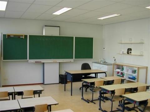 Jaarverslag leerplicht schoolverzuim daalt woerden tv