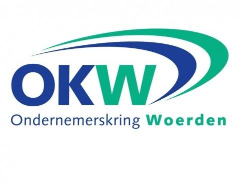 Studenten Nyenrode Business Universiteit werken met OKW