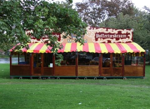 De poffertjeskraam is terug in Woerden