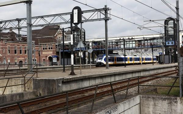 Geen treinen tussen Woerden en Utrecht dit weekend