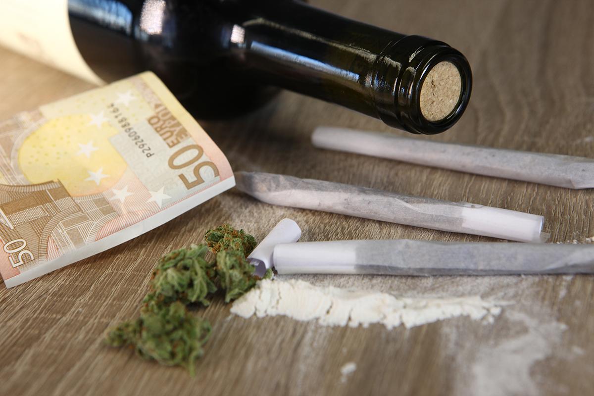 Politie bezoekt drugsgebruikers thuis