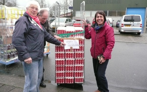 Record aantal pakken koffie voor de Voedselbank