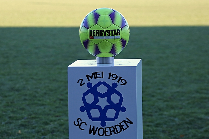 Belangrijke zege 1e elftal Sc Woerden