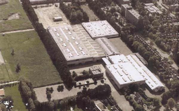 Woningen op het terrein van voormalige bussenfabriek Den Oudsten