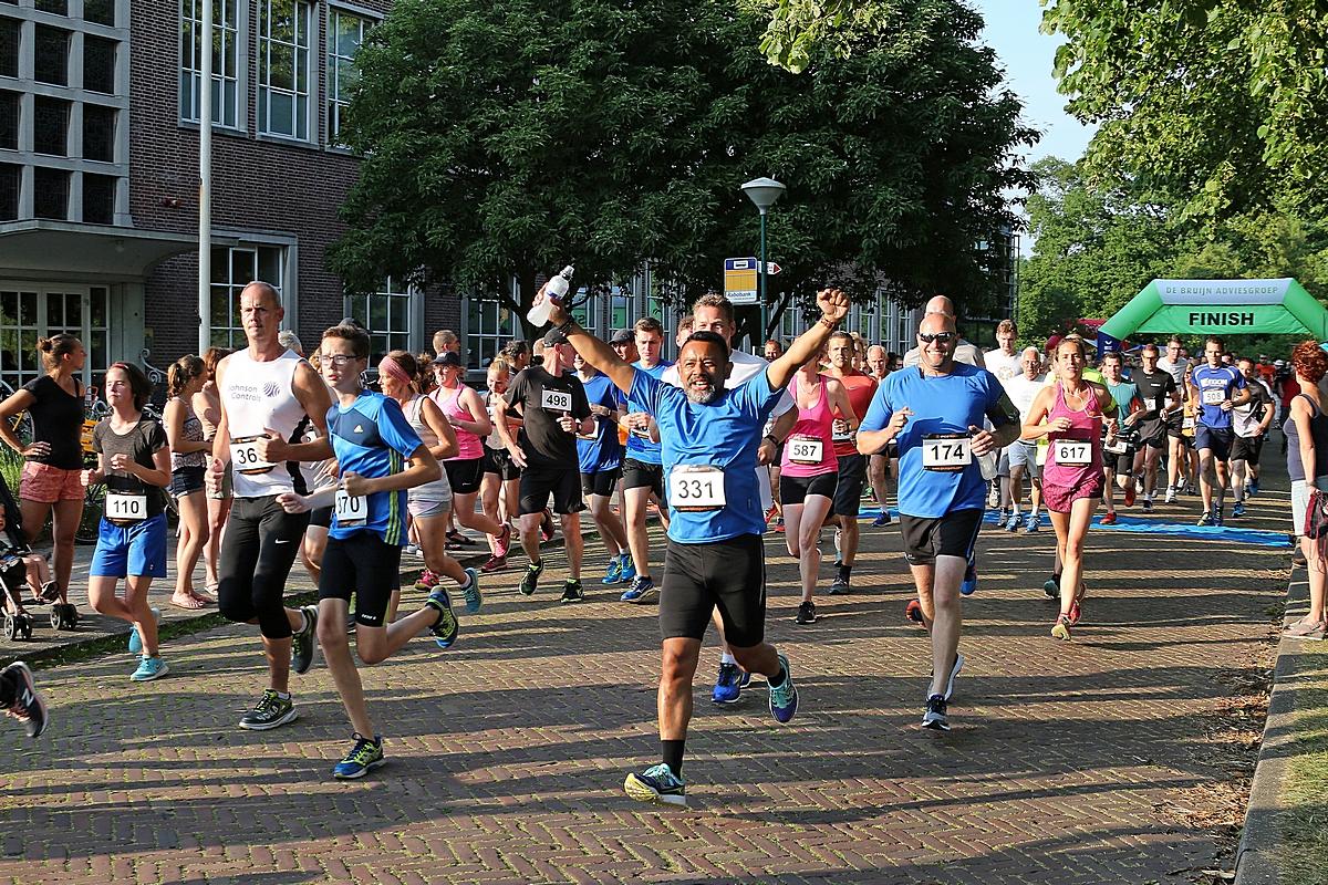 sportieve prestaties tijdens warme Singelloop