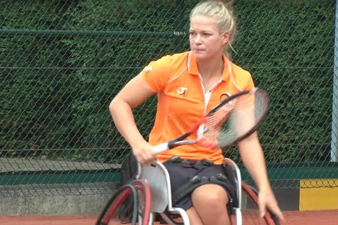 Rolstoeltennister De Groot derde Woerdense winnares Wimbledon
