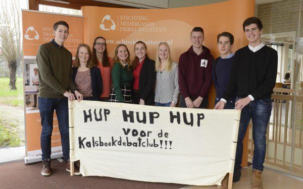 Kalsbeek leerlingen grijpen naast finaleplaats op NK debatteren