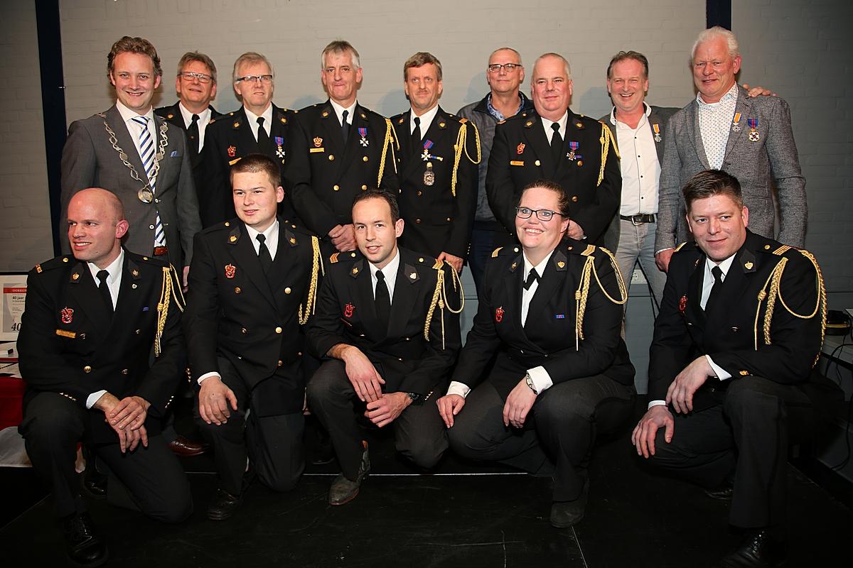 Oudewaterse oud-brandweermannen ontvangen Koninklijke Onderscheiding