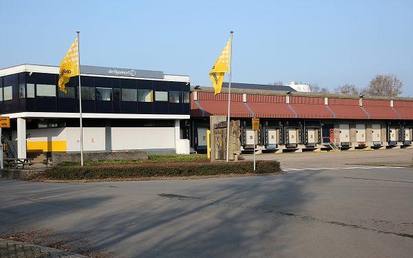 Tientallen ontslagen door sluiting magazijn Bijenkorf in Woerden