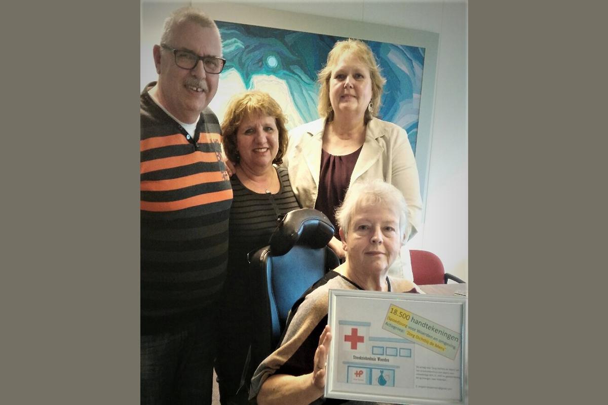 18.500 handtekeningen voor ziekenhuis in Woerden