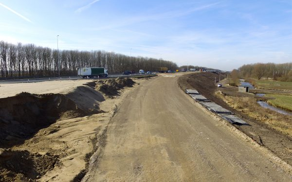 Uniek: Hardlopen over de nieuwe Zuidelijke Randweg