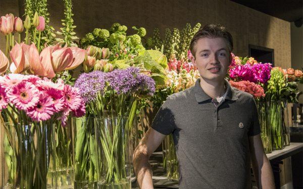 Nick van Hemert(23) breidt eigen zaak verder uit