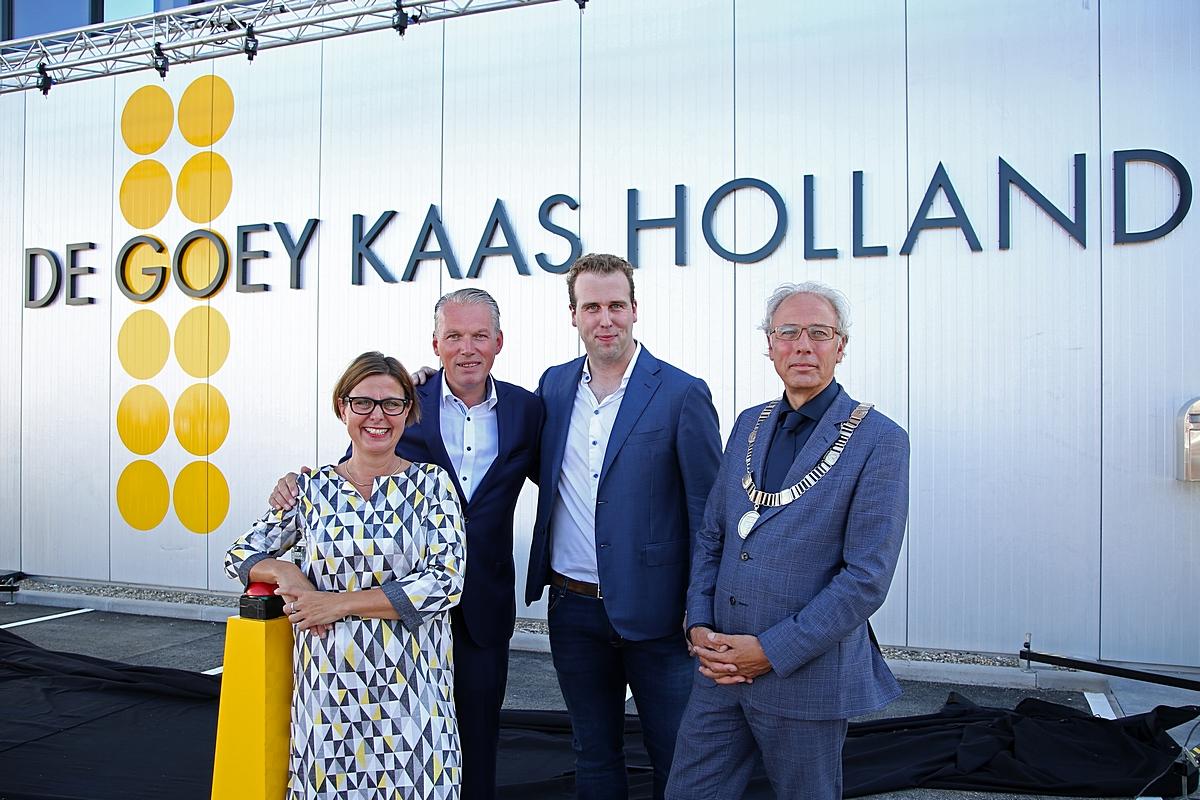 De Goey opent nieuw kaaspakhuis en showt nieuwe uitstraling