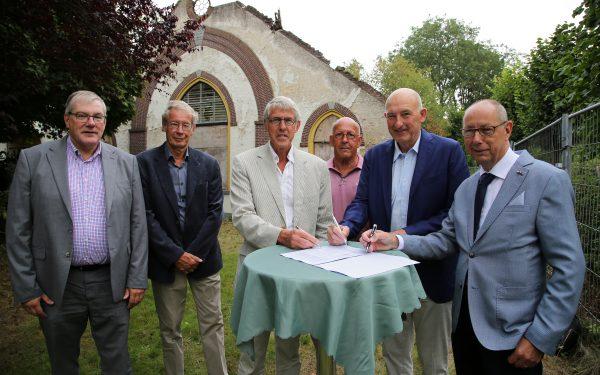 Brediusboerderij overgedragen aan Stichting Hofstede Batestein