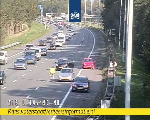 Drukke donderdagavondspits op A12 na ongeval bij Woerden