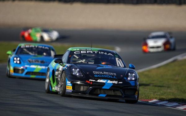 Woerdenaar pakt Europese GT4-titel na dubbelzege op Zandvoort