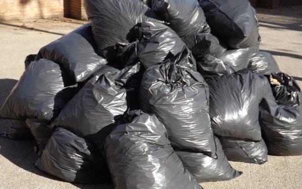 BOA's handhaven streng op het dumpen van afval