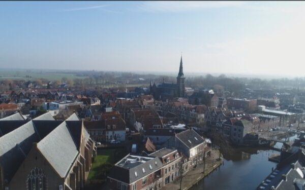 """Oudewater: """"Laat kleine gemeenten bouwen buiten stadsgrenzen"""""""
