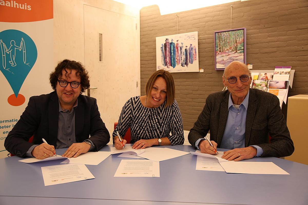 Gemeenten ondertekenen samenwerkingsconvenant met bibliotheek